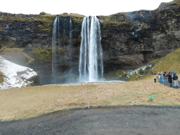 Seljalandsfoss Waterfall (2)
